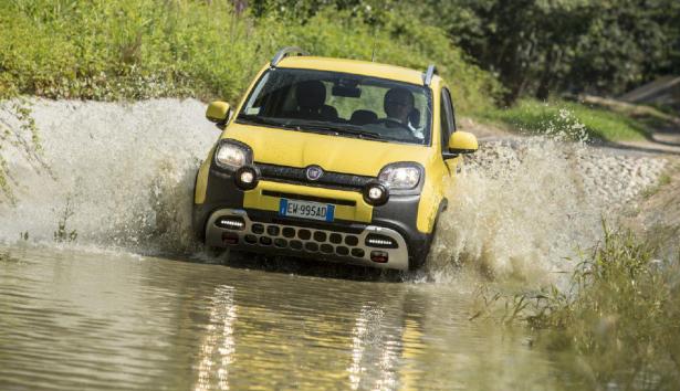Fiat-Panda-Cross-2014-5