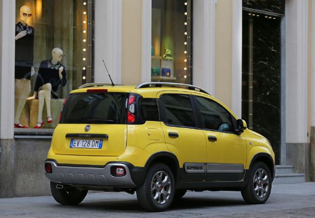Fiat-Panda-Cross-2014-6
