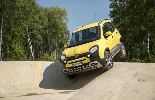 Fiat-Panda-Cross-2014-8