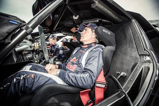 Peugeot-2008-DKR-fiche-technique-sainz