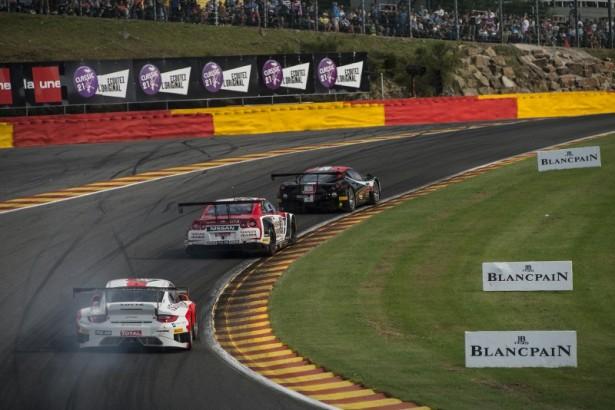 Total-24-Hours-Spa-2014-raidillon-Porsche