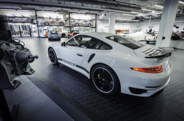 porsche-911-turbo-s-exclusive-gb-edition-2014-2