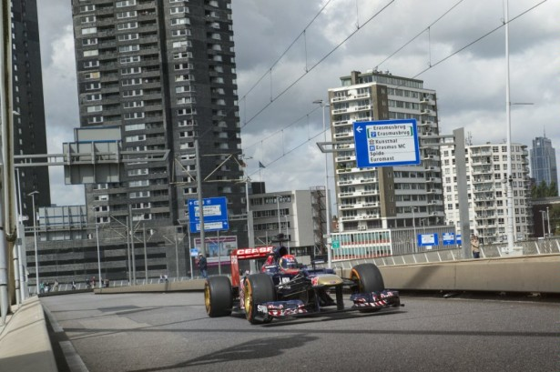 Max-Verstappen-crash-rotterdam-video-2014