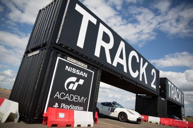 Nissan-GT-Academy-2014-Gaean-Paletou (29)