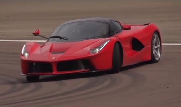 Video-Drive-Chris-Harris-On-Cars-Ferrari-LaFerrari