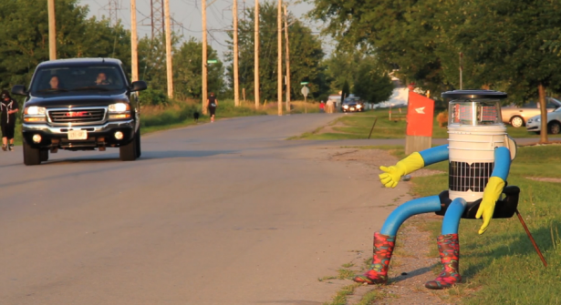 hitchBOT-robot-auto-stoppeur-Canada-video