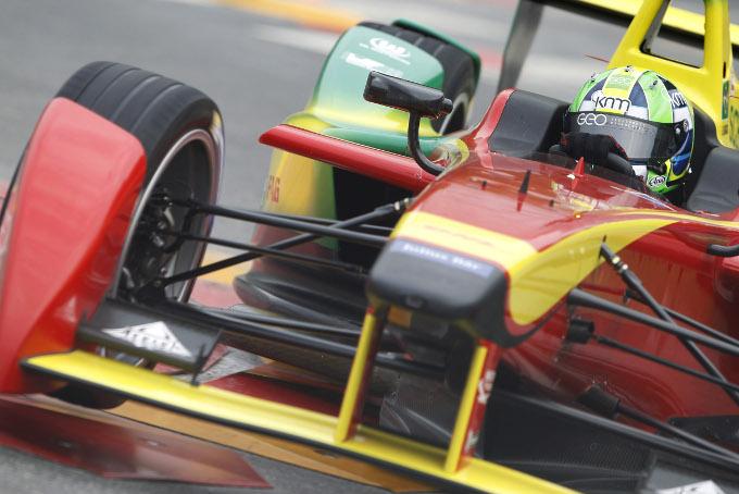 Formula E : di Grassi vainqueur et gros crash pour une première !