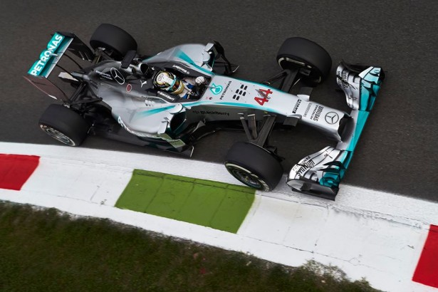 Lewis-Hamilton-Mercedes-AMG-Petronas-GP-Italia-Monza-2014