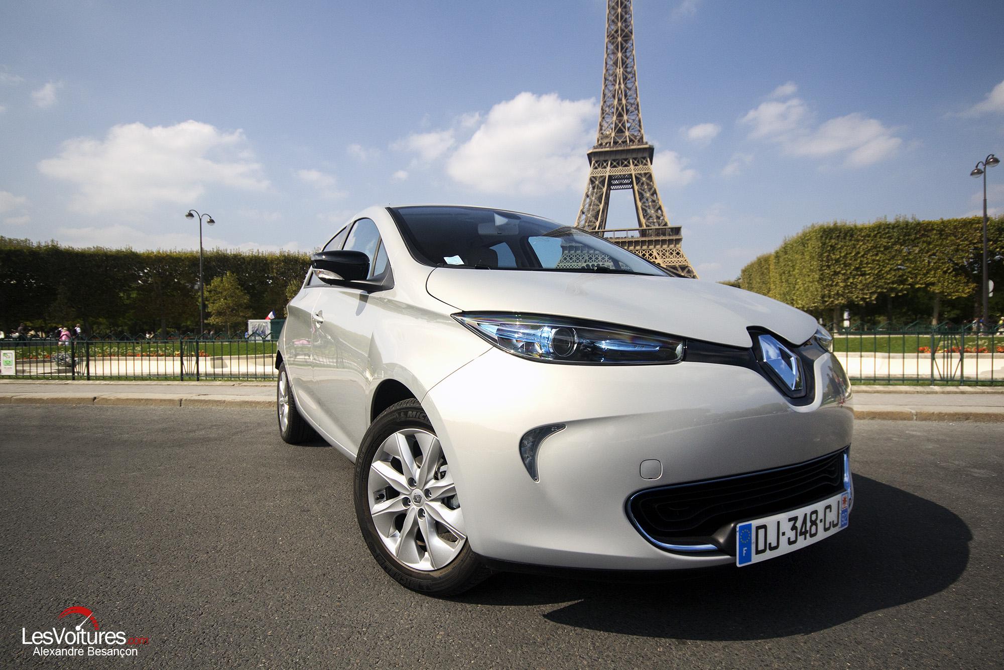 """Renault ZOE : la """"fée électrique"""" à la rencontre de la """"Vieille Dame""""…"""