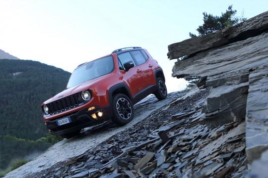 nouveau-Jeep-Renegade-2014-7