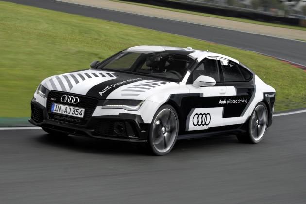 Audi RS 7 piloted driving concept : en piste sans pilote dimanche !