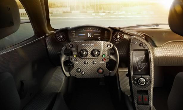 McLaren-P1-GTR-2015-interior