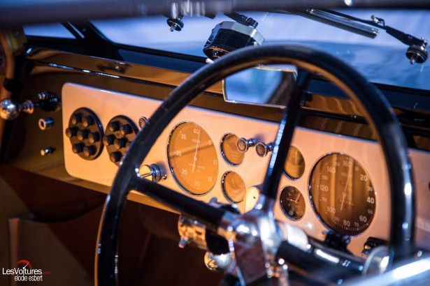 Mondial-Automobile-2014-exposition-mode-et-automobile-26