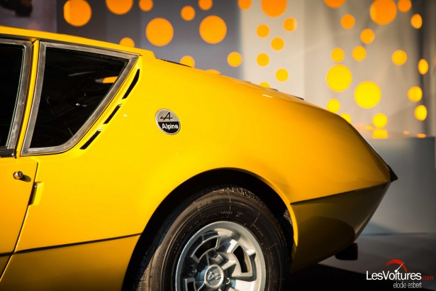 Mondial-Automobile-2014-exposition-mode-et-automobile-Alpine-Renault