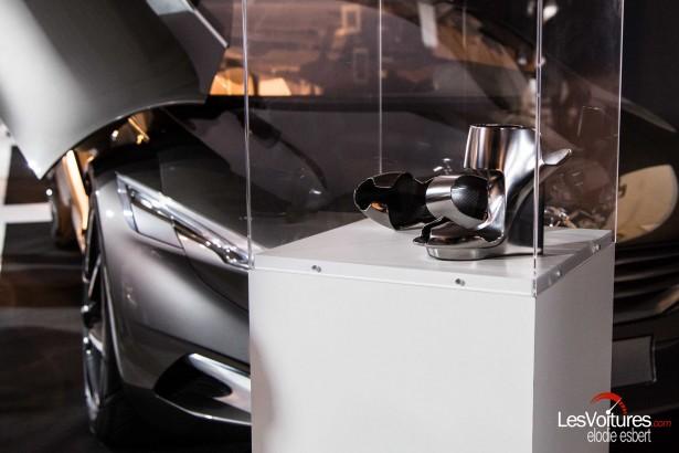 Mondial-Automobile-2014-exposition-mode-et-automobile-Peugeot