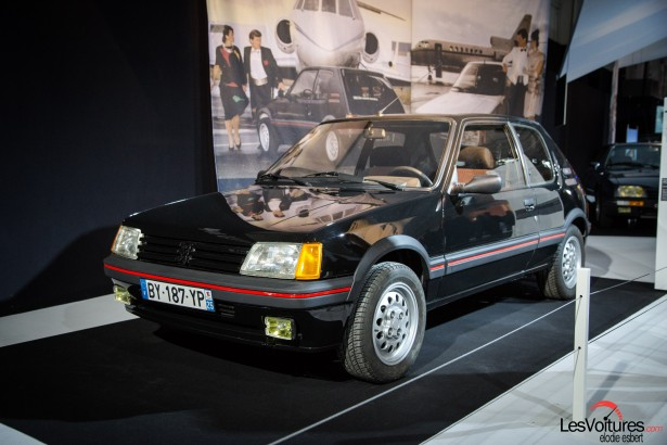 Mondial-Automobile-2014-exposition-mode-et-automobile-Peugoet-205-gti