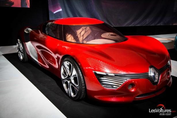 Mondial-Automobile-2014-exposition-mode-et-automobile-Renault-Desir