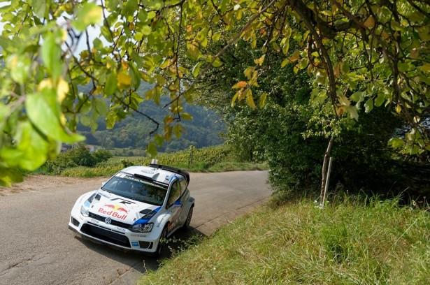 Volkswagen-Motorsport-Rally-France-Alsace-WRC-2014-13