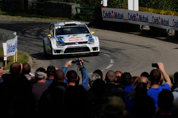 Volkswagen-Motorsport-Rally-France-Alsace-WRC-2014-4