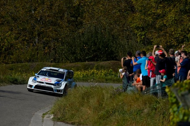 Volkswagen-Motorsport-Rally-France-Alsace-WRC-2014-8