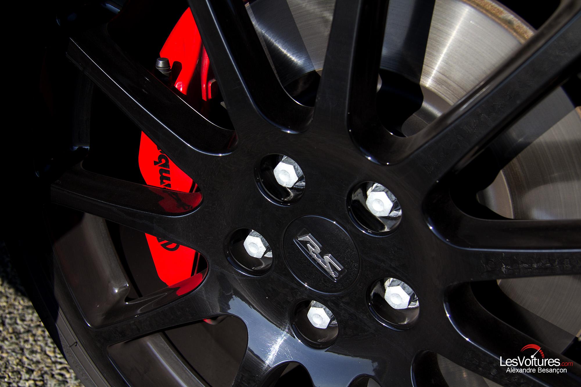 essai renault megane rs 275 trophy 11 les voitures. Black Bedroom Furniture Sets. Home Design Ideas