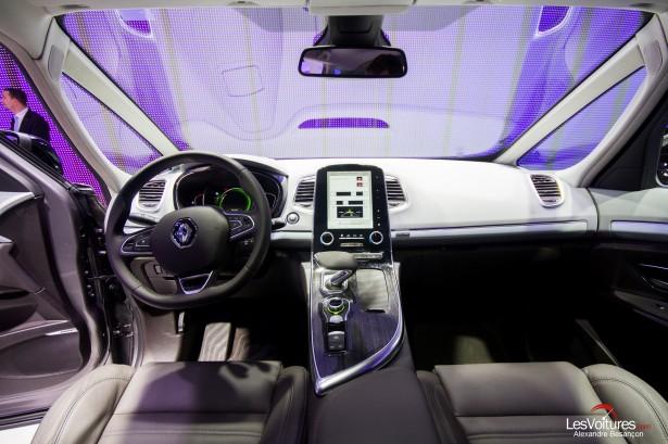 Nouveau renault espace 5 les voitures for Renault espace v interieur