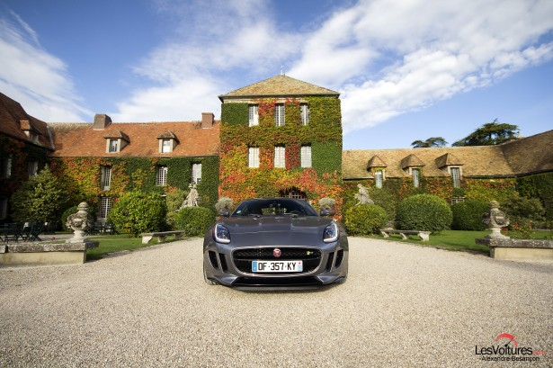 Jaguar-f-type-r-coupe-11