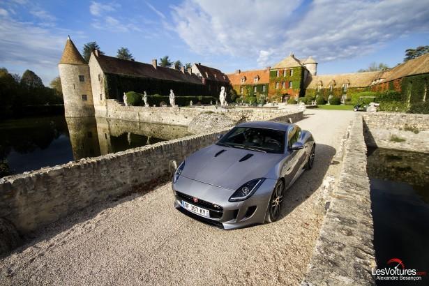 Jaguar-f-type-r-coupe-13