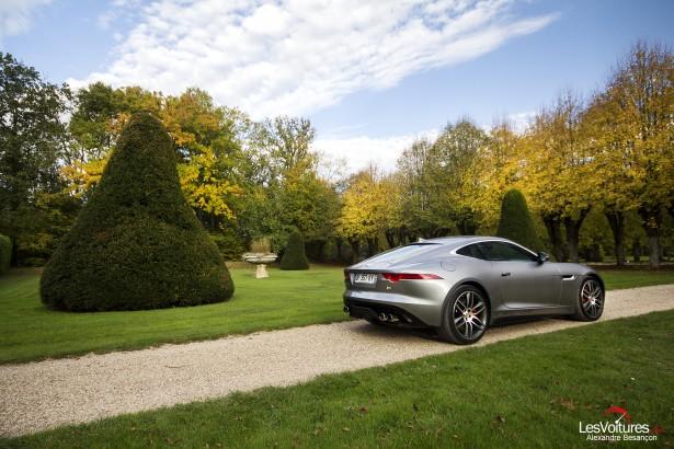 Jaguar-f-type-r-coupe-15
