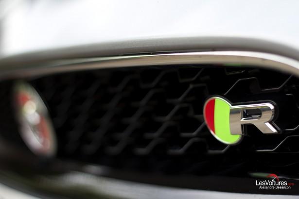 Jaguar-f-type-r-coupe-21
