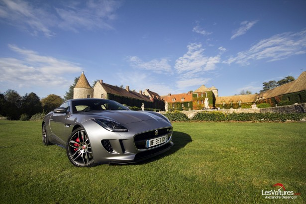 Jaguar-f-type-r-coupe-6
