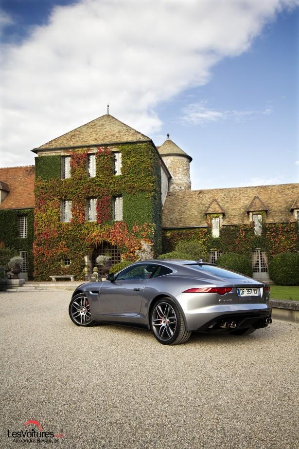 Jaguar-f-type-r-coupe -8
