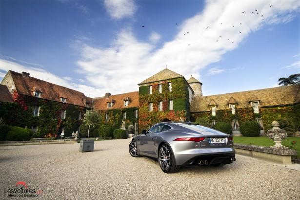 Jaguar-f-type-r-coupe-9