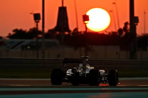 Lewis-Hamilton-world-champio,
