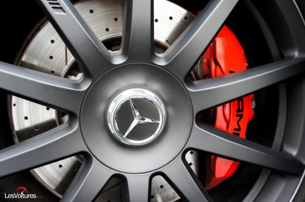 Mercedes-S63-AMG-28