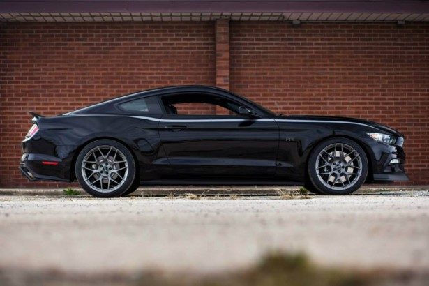 ford-mustang-rtr-2015-9