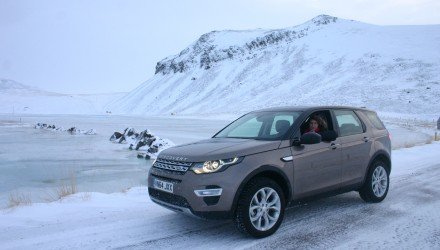 Essai-Land-Rover-Discovery-Sport-Charlotte-au-volant-2014-c