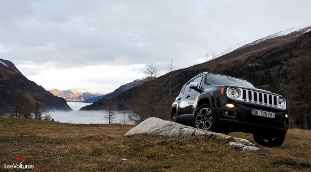 Jeep-Renegade-12