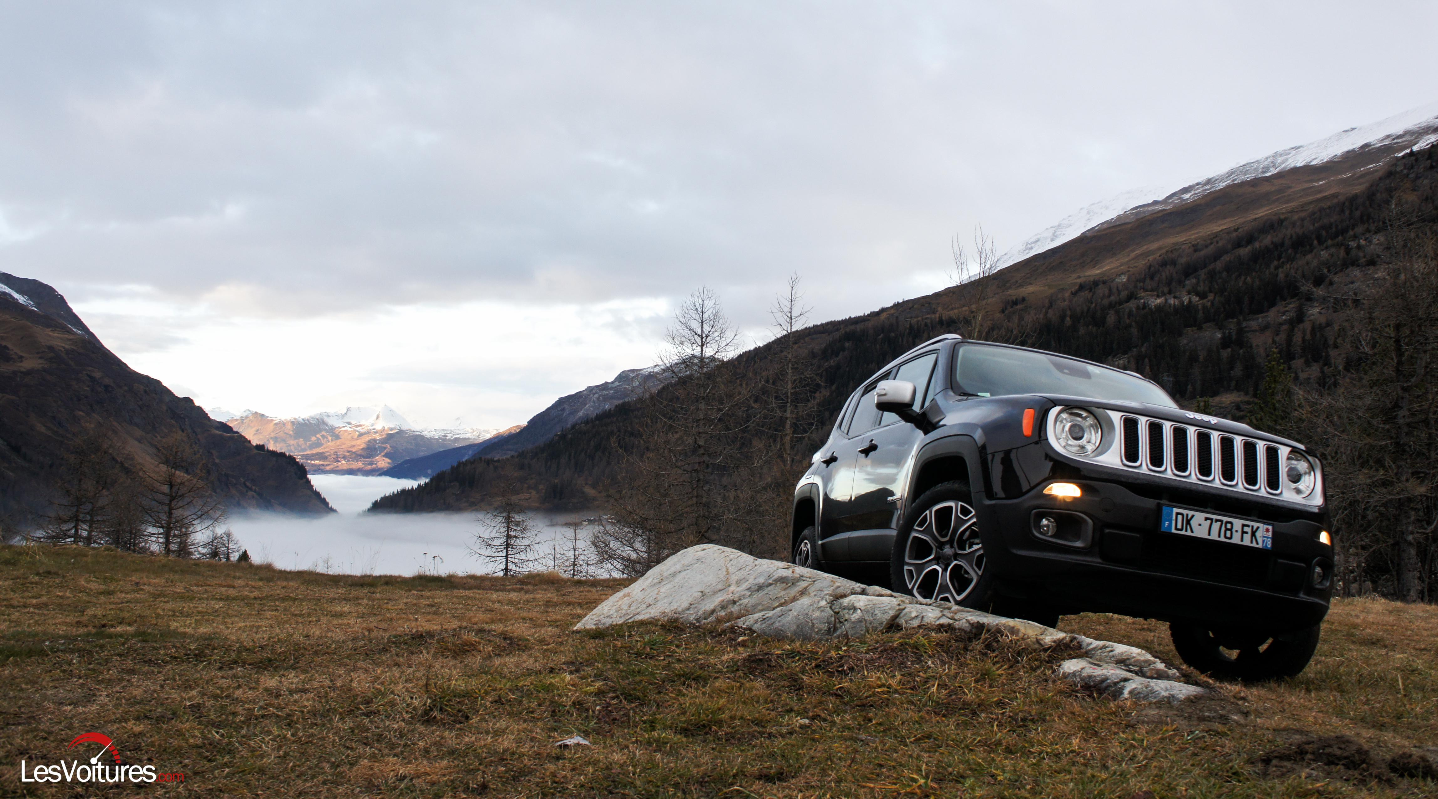Jeep Renegade : le SUV multifonctions à l'essai en altitude !