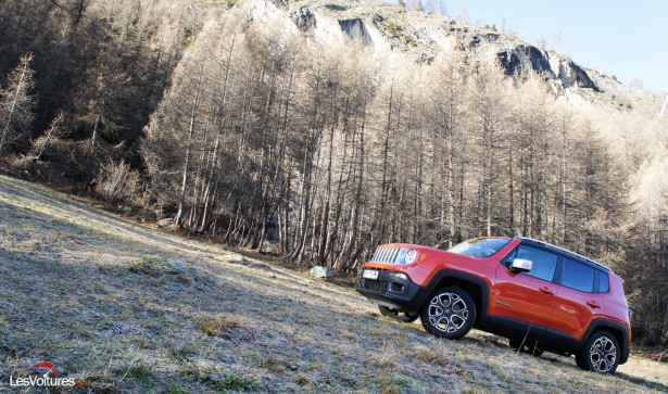 Jeep-Renegade-23