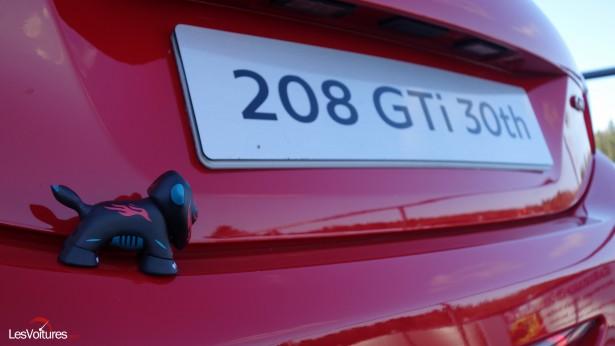 Peugeot-208-GTi-30th-23