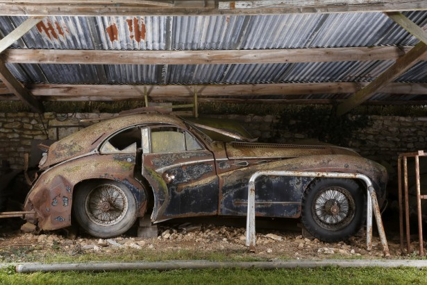 Talbot Lago T26 Grand Sport coupé Saoutchik, Collection Baillon   - © Artcurial