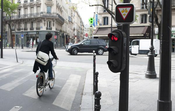 paris l impunit des cyclistes en danger enfin les voitures. Black Bedroom Furniture Sets. Home Design Ideas
