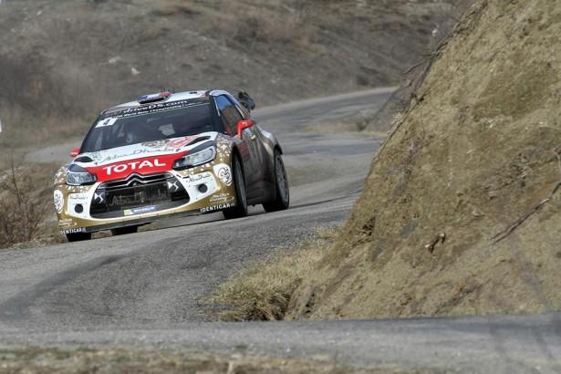 Citroen-ds3-WRC-Loeb-Monte-Carlo-2015-4