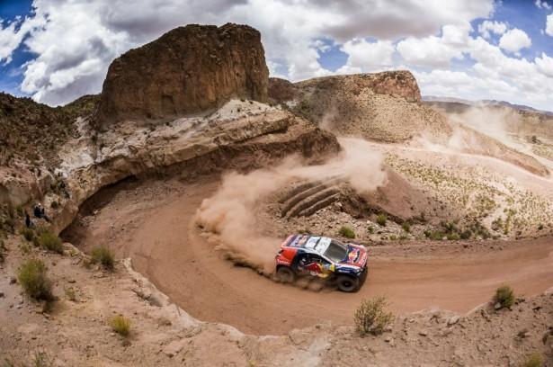 Dakar-2015-Cyril-Despres-Peugeot-2008-DKR