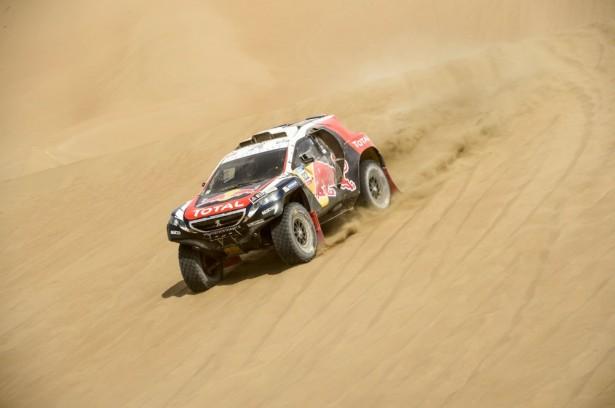 Dakar-2015-Cyril-Despres-Peugeot-2008-DKR-9