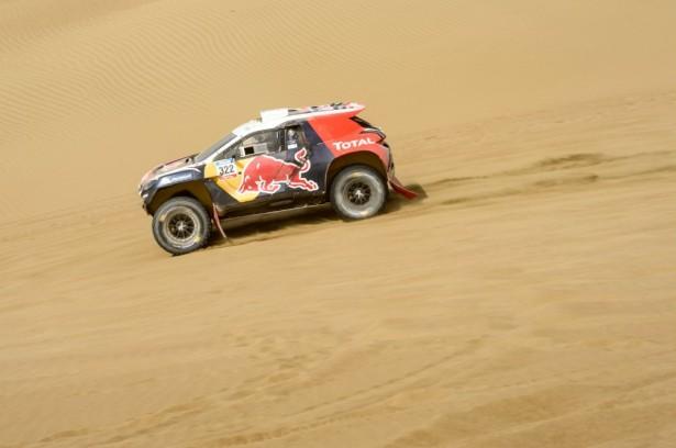 Dakar-2015-Cyril-Despres-Peugeot-2008-DKR-99