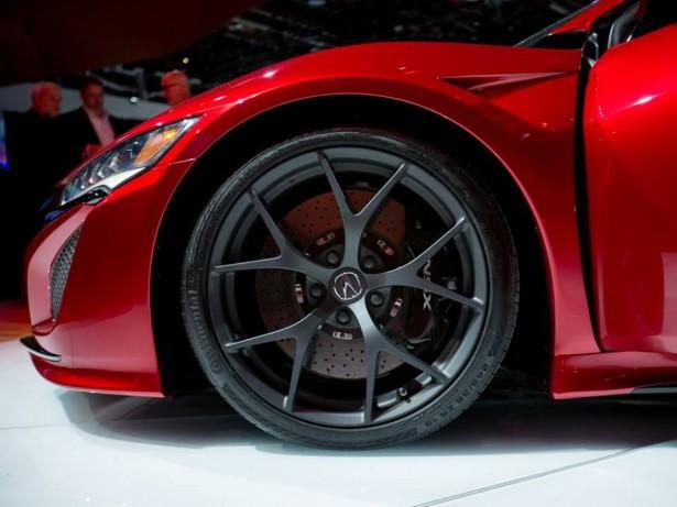 Detroit-NAIAS-2015-Honda-Acura-NSX-2