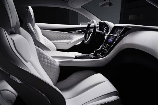 Infiniti-Q60-Concept-Detroit-NAIAS-2015-8