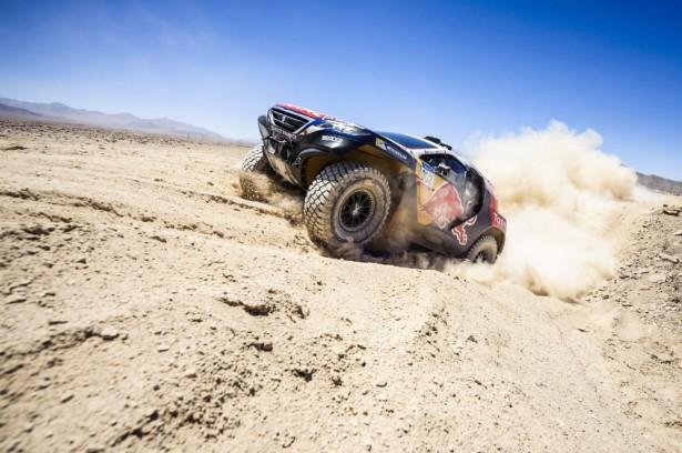Peteransel-Peugeot-2008-DKR-Dakar-2015